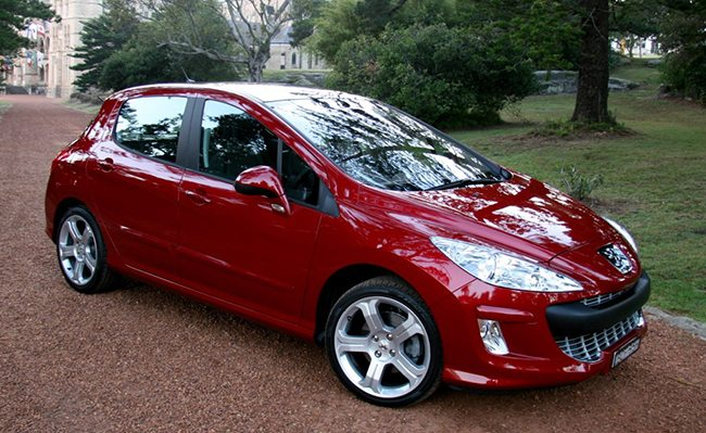 Motoring Review:The Peugeot 308