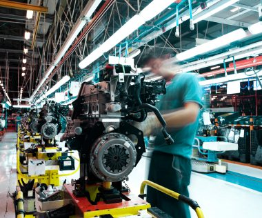 Manufacturers 'could drive UK recovery'