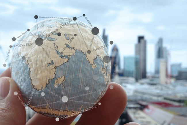 Over a half of UK SMEs will trade internationally in 2016