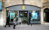 EE teams up with Apple Music