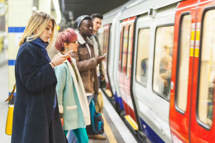 Londoners commute an average 74 minutes every day