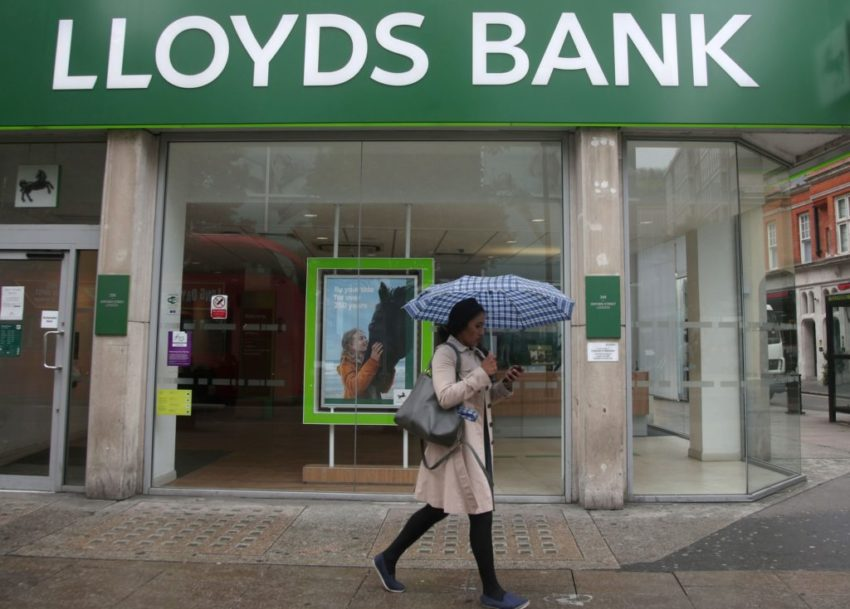 Lloyds bank job loses