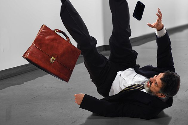 3 ways to reduce slip and fall accidents in the workplace 2