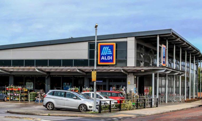 Aldi staff pay rise