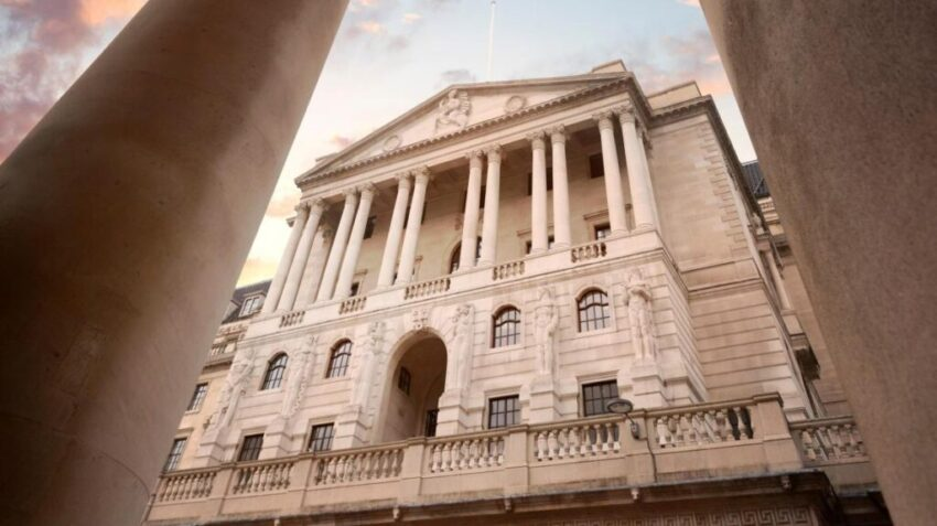 Bank of England set to print upto £200BN of new money to ease economy