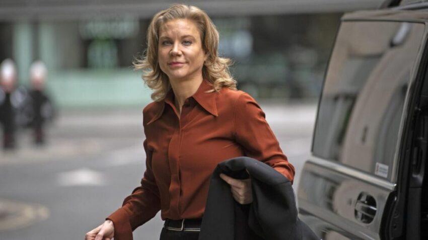 UK Finance chief Stephen Jones quits over 'unpleasant' remarks about Amanda Staveley