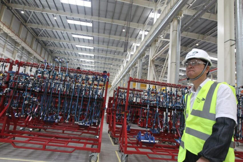bmmagazine.co.uk - Thousands of Jaguar Land Rover logistics workers set to lose jobs