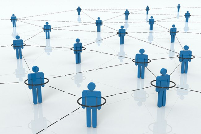 Casting the net wide is not how networking works