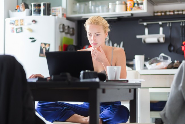 Work your proper hours day: Research says Freelancers give it away for free