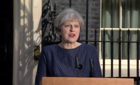 Theresa May calls for snap general election