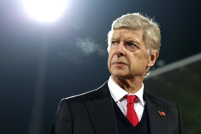 Arsene Wenger hết cửa về Paris SG