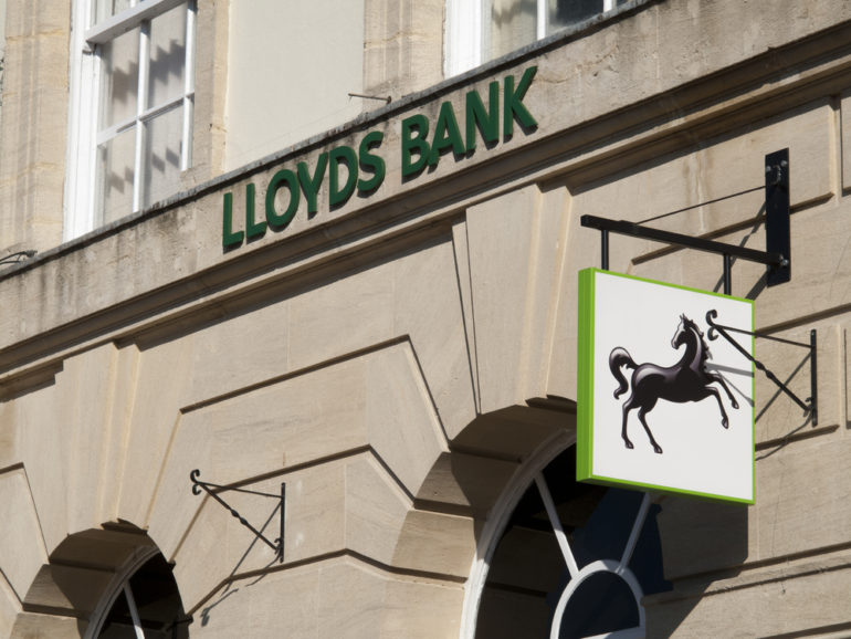 Lloyds bank bans customers from buying bitcoins using credit cards reheart Gallery